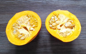 Hokkaidokürbis – prall, orange und schmackhaft